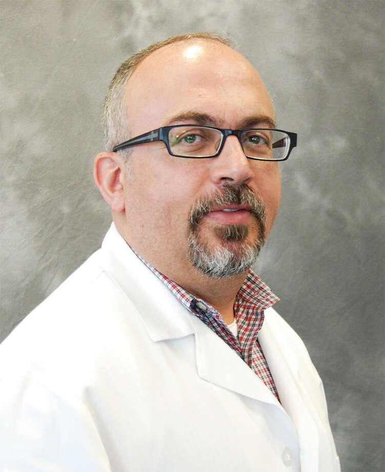 Dr. Fahim Farhat