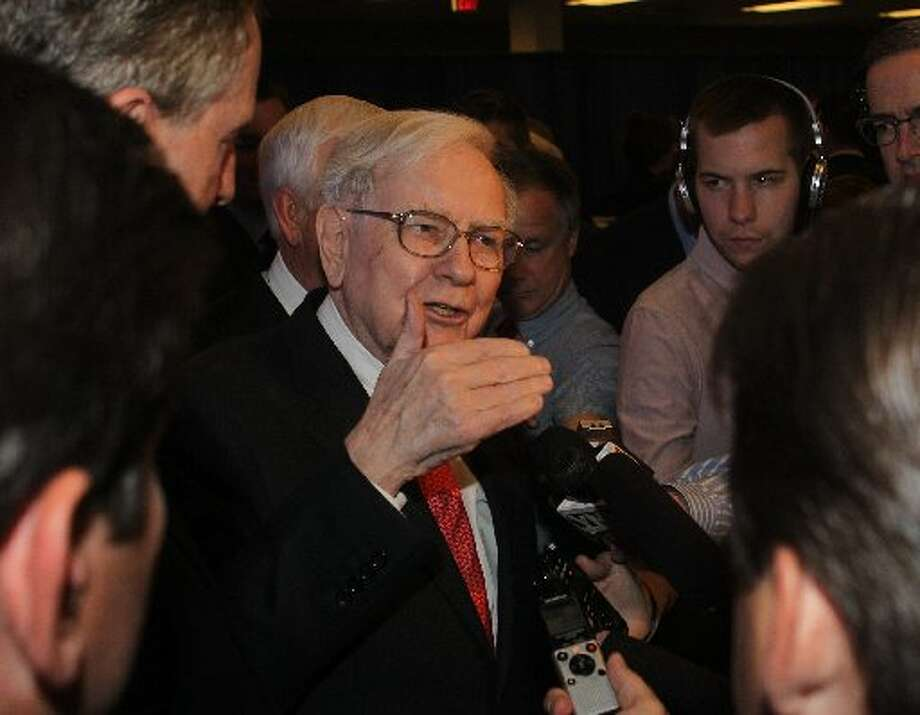 Geico   Geico in Amherst, N.Y. celebrated its 2,500th employee in June 2013.  Warren Buffett, CEO of Berkshire Hathaway which owns Geico, came to mark the milestone and answer questions from the media. Photo: Sharon Cantillon, AP Photo/The Buffalo News