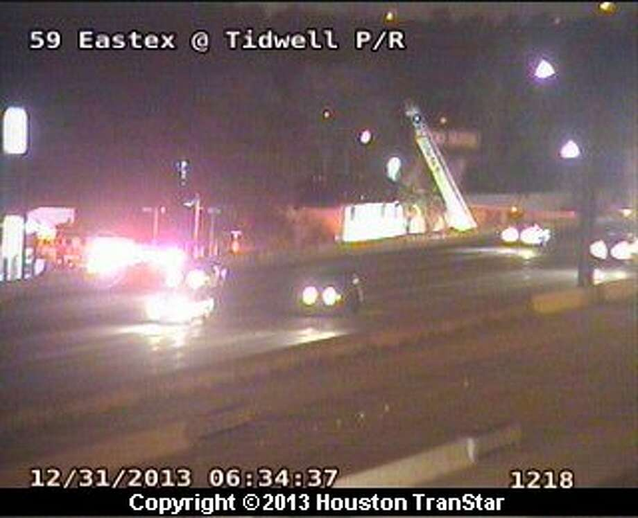 Fire damaged an abandoned motel about 5:40 a.m. Tuesday in northeast Houston. Photo: Houston Transtar