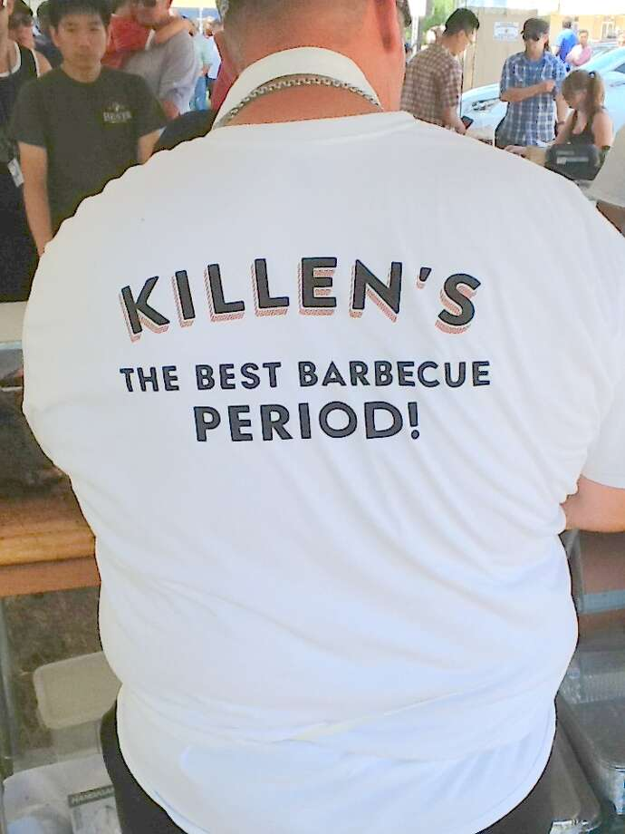 Chef Ronnie Killen wearing his Killen's Barbecue t-shirt at his pop-up barbecue stand prior to opening a brick-and-mortar location in Pearland. Photo: Greg Morago / Greg Morago
