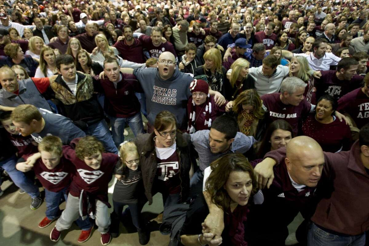 Texas A&M-College Station: Yell Practice