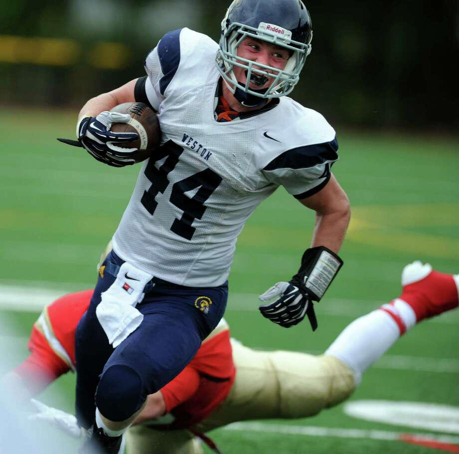 Stratford High School football versus Weston High School Saturday, Sept. 21, 2013 at Penders Field in Stratford, Conn. Photo: Autumn Driscoll / Connecticut Post