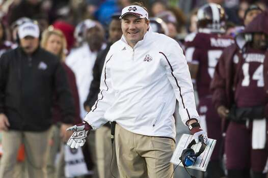 Mississippi State head coach Dan Mullen questions a call during the first half. Photo: Smiley N. Pool, Houston Chronicle