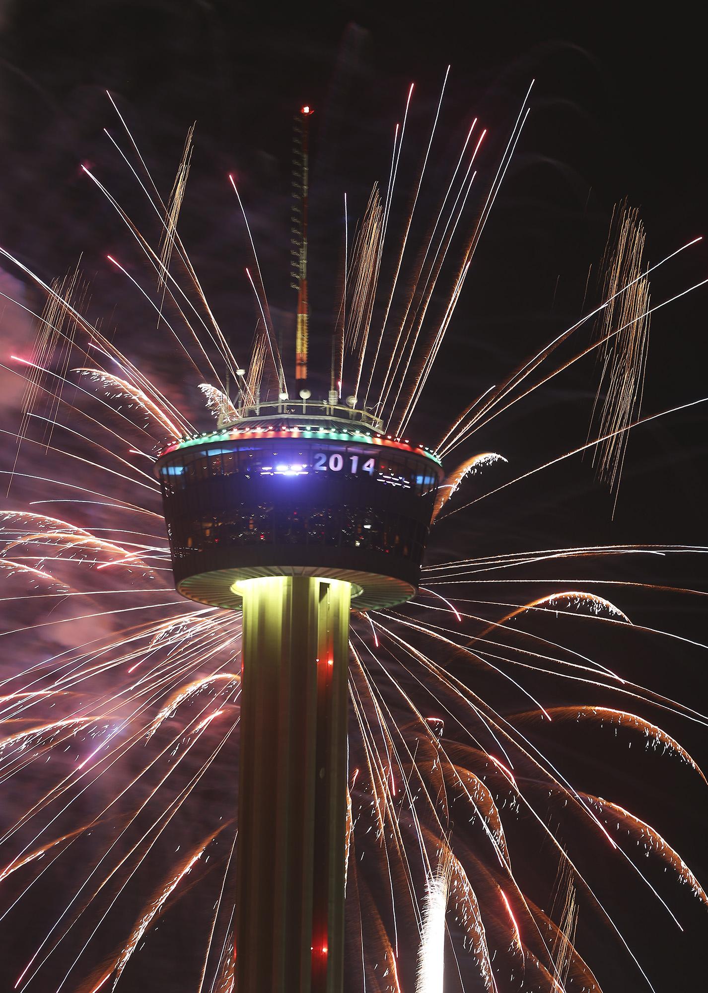 S.A. celebrates New Year's Eve - San Antonio Express-News