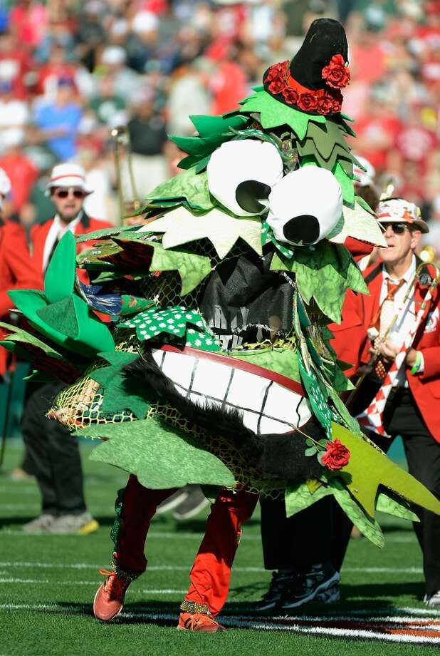 The Stanford Cardinal Tree performs prior to the 100th Rose Bowl Game presented by Vizio at the Rose Bowl on January 1, 2014 in Pasadena, California. Photo: Kevork Djansezian, Getty Images