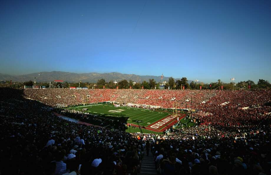 A general view of the 100th Rose Bowl Game presented by Vizio between the Stanford Cardinal and the Michigan State Spartans at the Rose Bowl on January 1, 2014 in Pasadena, California. Photo: Jonathan Moore, Getty Images