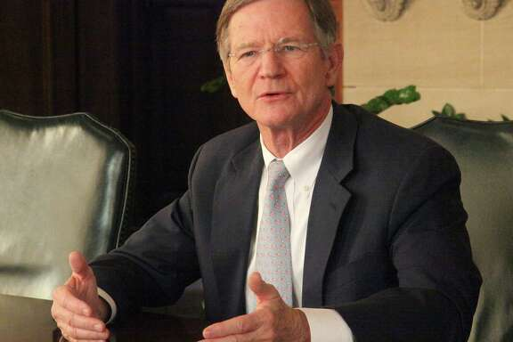 U.S. Rep. Lamar Smith meeting with SAEN Editorial Board for a wide ranging discussion of the government shutdown, Obamacare, immigration reform and other topics November 6, 2013.