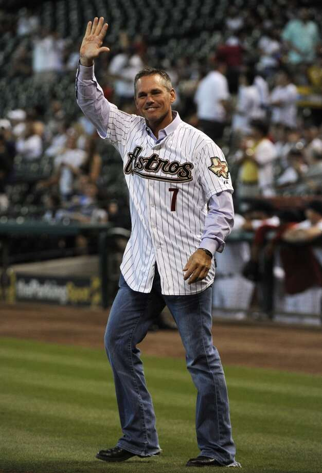 Former Houston Astros' Craig Biggio waves to the fans during a ceremony to celebrate the team's 50th anniversary before a baseball game against the Pittsburgh Pirates Saturday, Sept. 22, 2012, in Houston. (AP Photo/Pat Sullivan) Photo: Associated Press