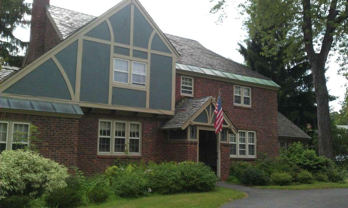 House of the Week: 1926 Grand Blvd., Schenectady | Realtor: Cynthia Kelly | Discuss: Talk about this house