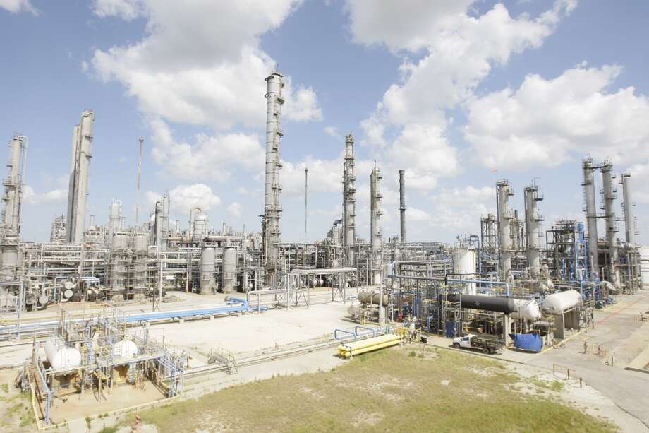 Houston petrochemical company LyondellBasell operates an ethylene plant in Channelview. It's one of many along the U.S. Gulf Coast, where petrochemicals production continues to grow. Photo: Melissa Phillip, Houston Chronicle