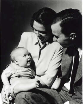 An infant George W. Bush is seen with his mother Barbara Bush and his father George H.W. Bush posing for a portrait in New Haven, Conn, April 1947. Photo: Getty Images / Hulton Archive