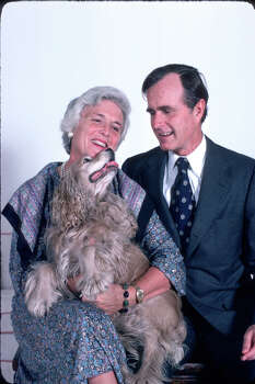 George H.W. Bush sits with his wife Barbara and his dog Fred November 1, 1978 in Houston. Photo: Dirck Halstead, Getty Images / Hulton Archive
