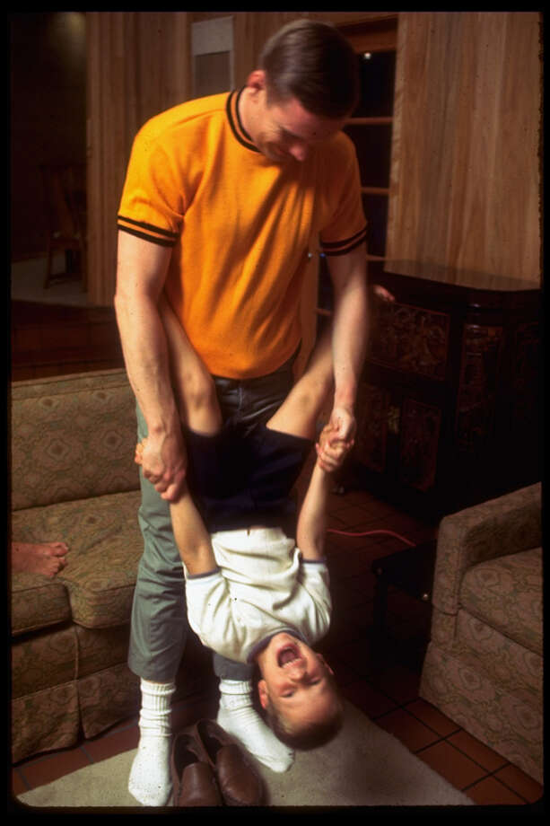 Astronaut Neil Armstrong plays with his 10-year old son Mark at home in 1969. Photo: Ralph Morse, Time & Life Pictures/Getty Image / Ralph Morse
