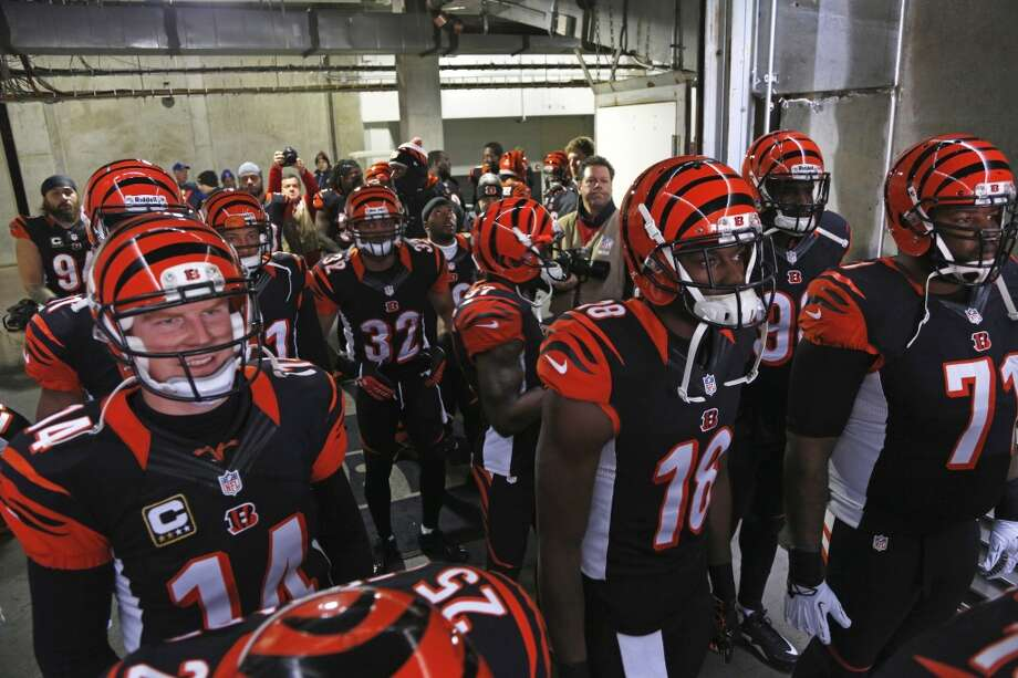 San Diego (9-7) plus-7 at Cincinnati (11-5): Bengals 27-17 Photo: David Kohl, Associated Press
