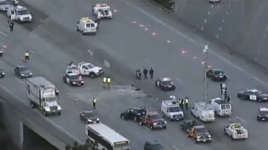 A fatal crash blocked lanes of I-280 in Daly City Friday morning. Photo: CBS San Francisco