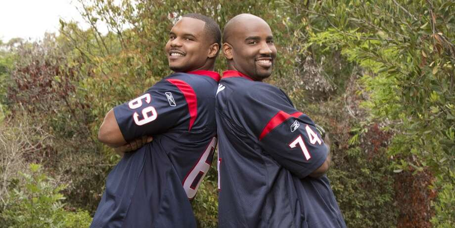 Former Texans players Chester Pitts and Ephraim Salaam were put to a different test on the CBS show that sends contestants on a race across the globe. But the duo fell short in the third episode and got eliminated. Photo: Cliff Lipson, CBS