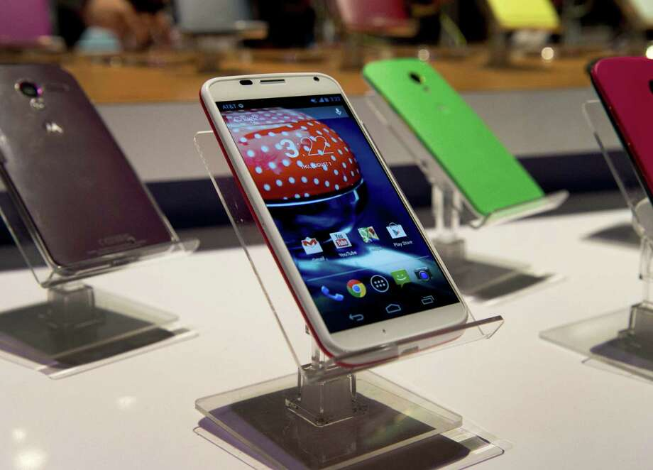 Motorola Moto X is the first step in letting users customize their phones. Photo: Associated Press / AFP