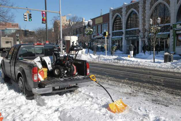 Bedford St in Stamford, Conn. after the snowstorm Friday January 3, 2013. Photo: Dru Nadler / Stamford Advocate Freelance