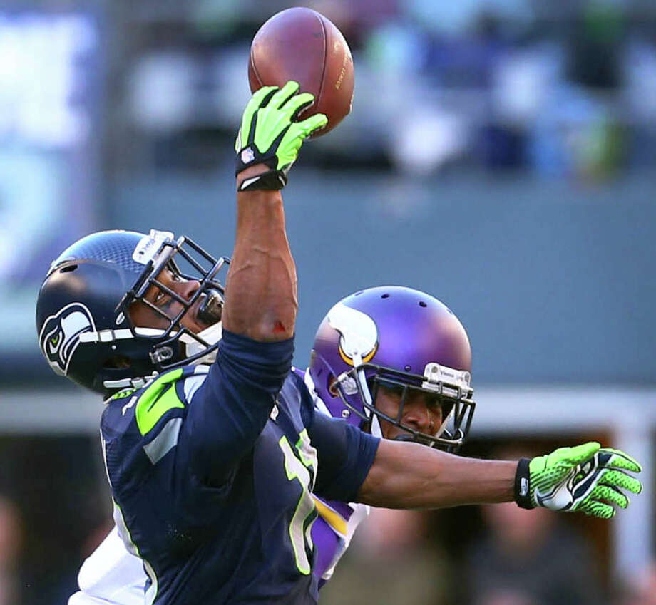Seattle Seahawks player Percy Harvin pulls down his first catch of the season against the Minnesota Vikings on Sunday, November 17, 2013 at CenturyLink Field in Seattle. Photo: JOSHUA TRUJILLO, SEATTLEPI.COM / SEATTLEPI.COM