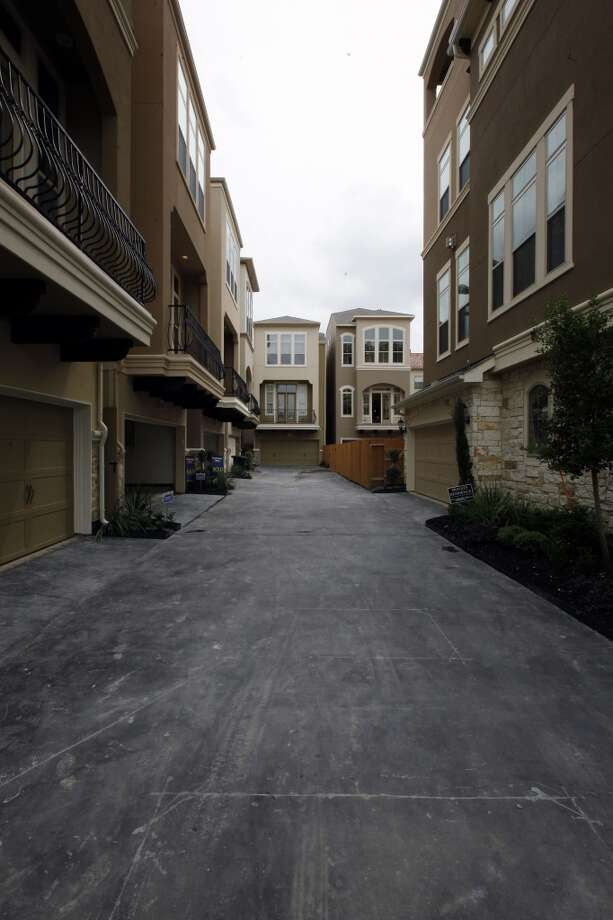 Washington Court, a townhome project in the Rice Military area near Washington Avenue, when it was under construction in 2012. Photo: Todd Spoth, For The Chronicle