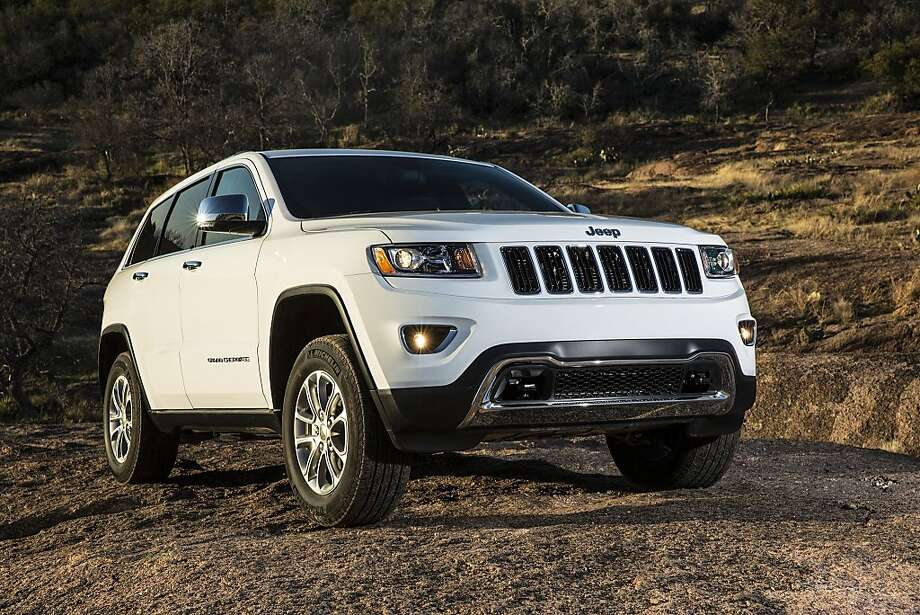 The 2014 Jeep Grand Cherokee is available with a clean-diesel engine. (AJ Mueller/Jeep/MCT) Photo: AJ Mueller, McClatchy-Tribune News Service