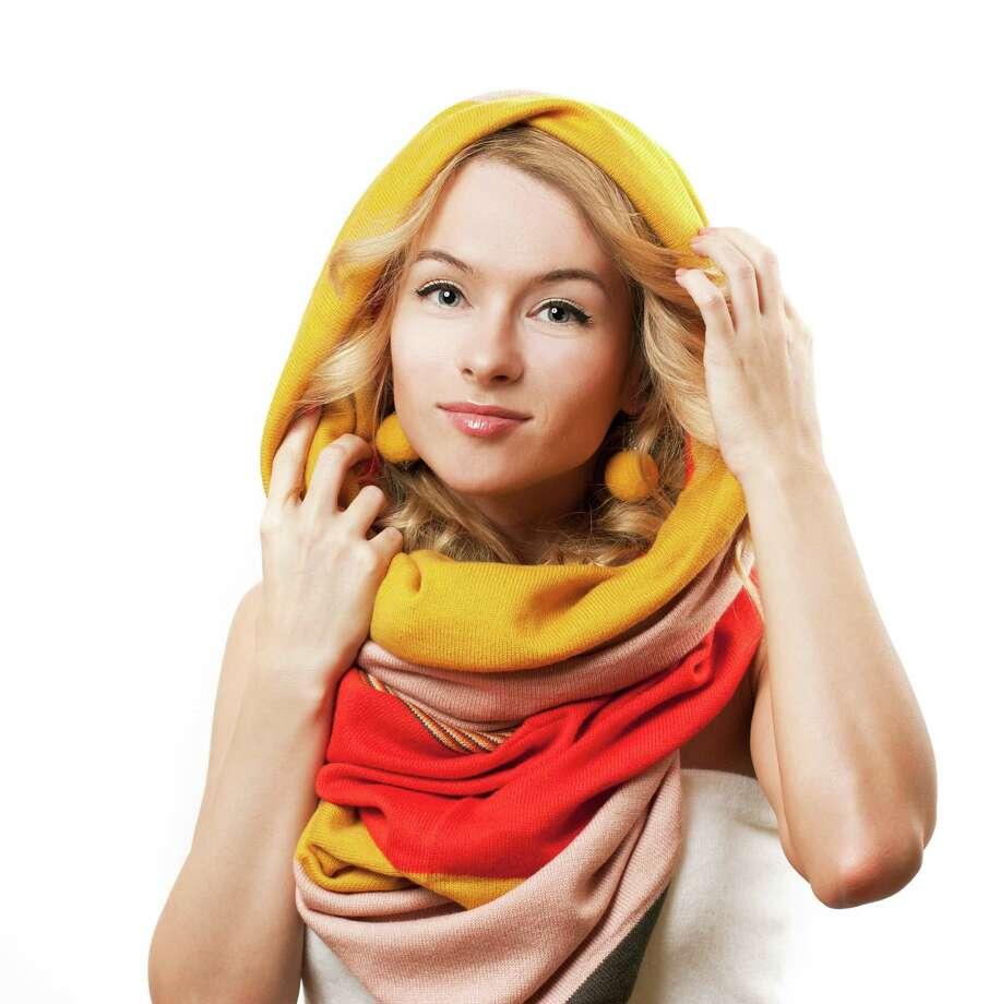 Infinity scarf / Maryia Bahutskaya - Fotolia