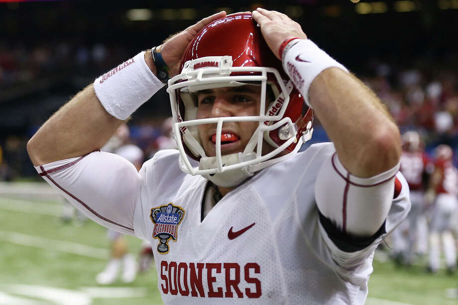 Trevor Knight #9 of the Oklahoma Sooners reacts after a touchdown against the Alabama Crimson Tide during the Allstate Sugar Bowl at the Mercedes-Benz Superdome on January 2, 2014 in New Orleans. Photo: Streeter Lecka, Getty Images / 2014 Getty Images