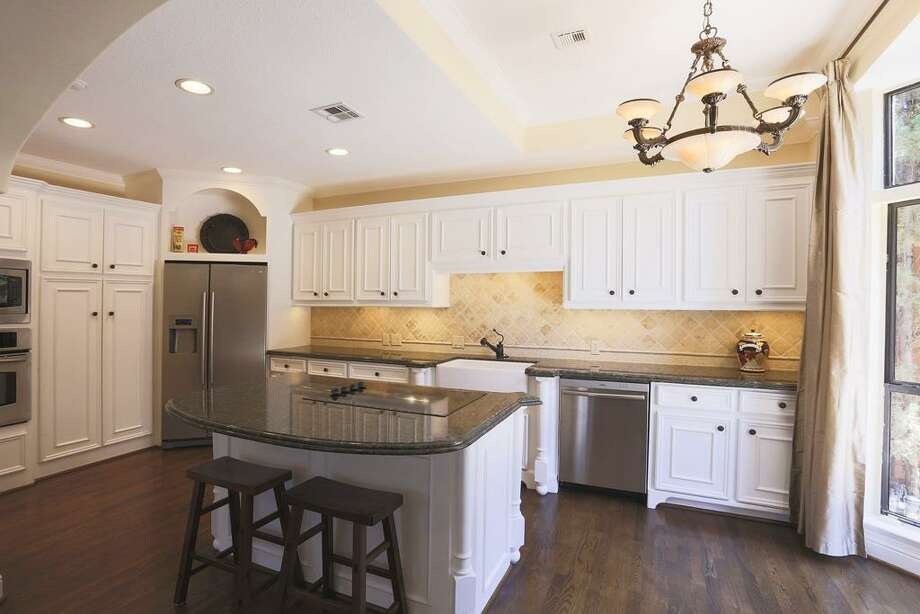 1535 Potomac: This 1985 townhome has 4 bedrooms, 4 bathrooms, and 3,612 square feet. Open house: 1/5/2013, 2 p.m. to 4 p.m.