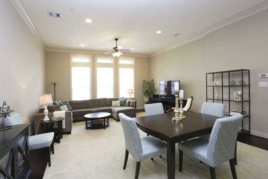 1221 Hobbs Reach: This 2010 townhome has 3 bedrooms, 3.5 bathrooms, and 2,096 square feet. Open house: 1/5/2013, 2 p.m. to 5 p.m.