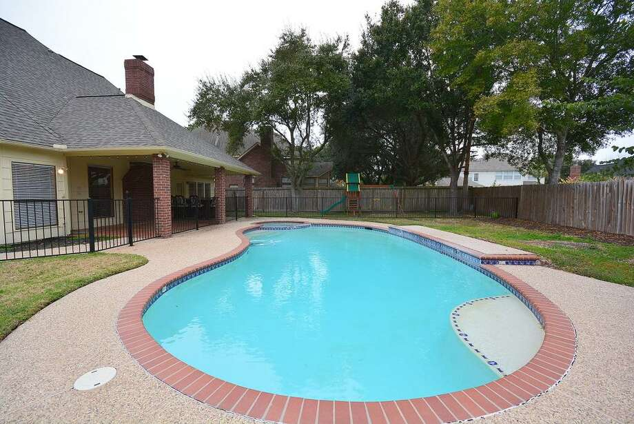 19934 Sky Hollow: This 1989 home has 4 bedrooms, 3.5 bathrooms, and 2,915 square feet. Open house: 1/5/2013, 2 p.m. to 5 p.m.