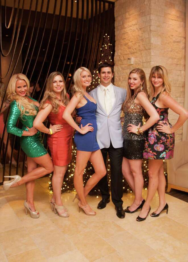 Jen Cruse, Camille Schmidt, Natalie Ryan, Michael Willis, Alyssa Nordstrom and Danielle Shrader at the Catch Me If You Can NYE Celebration at Hotel Vitale in San Francisco on December 31, 2013. Photo: Drew Altizer Photography