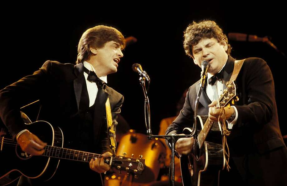 Phil (left) and Don Everly perform at a reunion concert in London in 1983. Phil Everly died Friday in Burbank. Photo: Pete Cronin, Redferns
