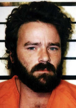 Tommy Lynn Sells, a 35-year-old drifter who once rode railroads and worked in carnivals, is seen on Jan. 11, 2000, after he was arrested in Val Verde County near the Texas-Mexico border in Del Rio. Sells confessed to the attack of two girls near Del Rio, to the rape and slaying of a 13-year-old girl in Kentucky last May and to assorted other crimes in at least five additional states, according to investigators. Photo: Associated Press / SHERIFF'S DEPARTMENT PHOTO