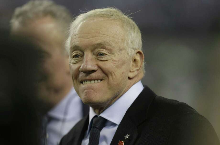 Dallas owner Jerry Jones believes teams near .500 — like his Cowboys — are good enough to win the Super Bowl, so that warrants some discussion to expand the NFL playoff format. Photo: Tim Sharp / Associated Press / FR62992 AP