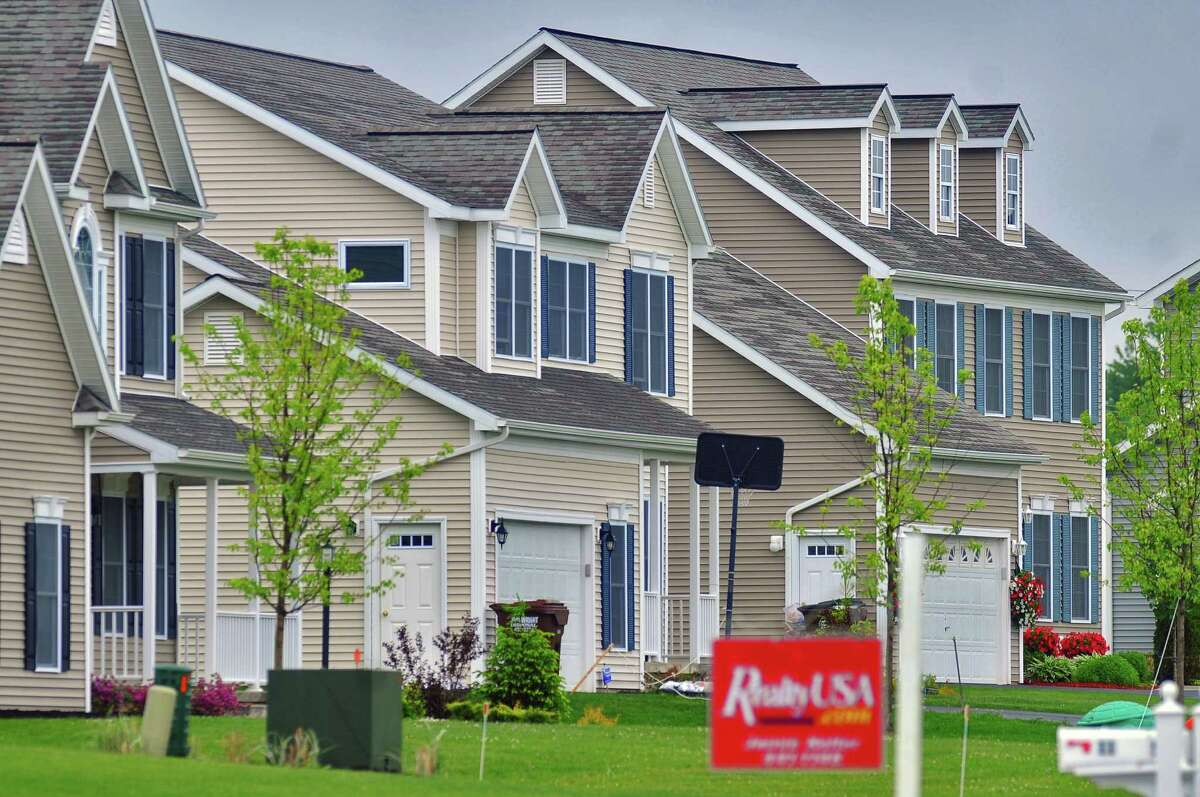 View of homes in the Milltowne Plaza development Wednesday, May 27, 2009, in the town of Bethlehem, N.Y. (Philip Kamrass / Times Union archive)