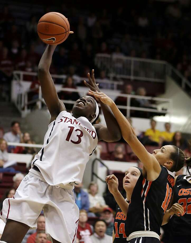 Chiney Ogwumike scored 31 points to move to fourth on Stanford's all-time scoring list with 2,143 points. She passed Jayne Appel with Sunday's total. Photo: Ben Margot, Associated Press