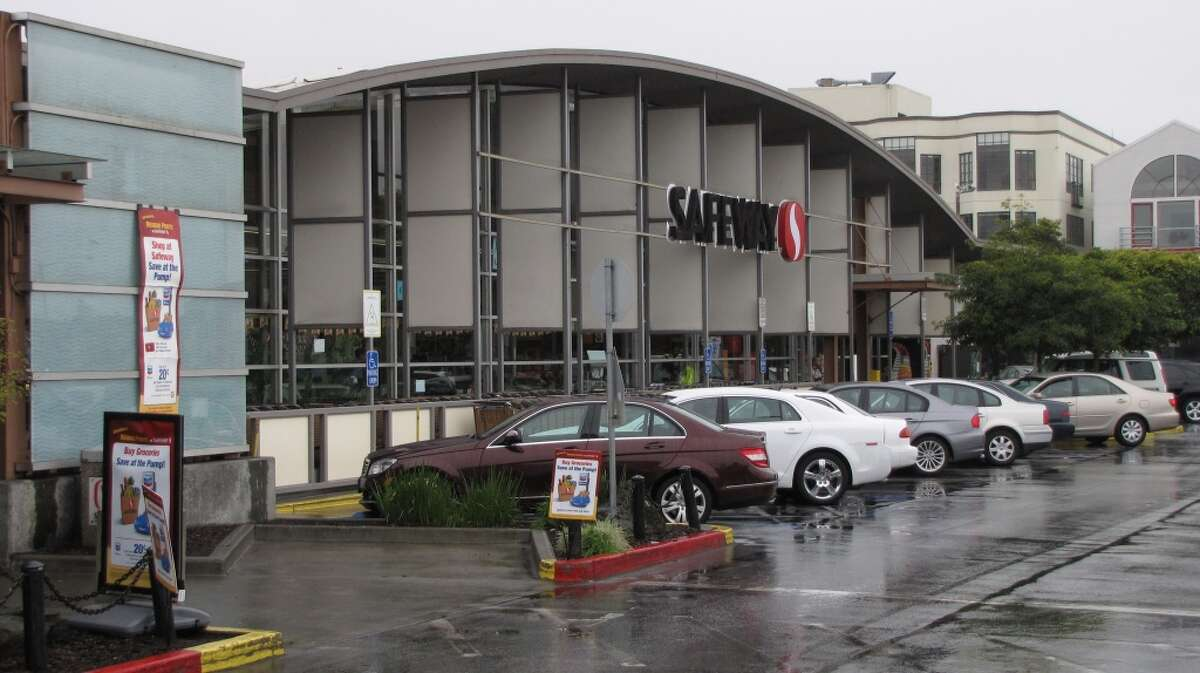 Have actually found a date at 'Single Safeway' aka 'Dateway' (The Safeway market at Laguna and Marina).