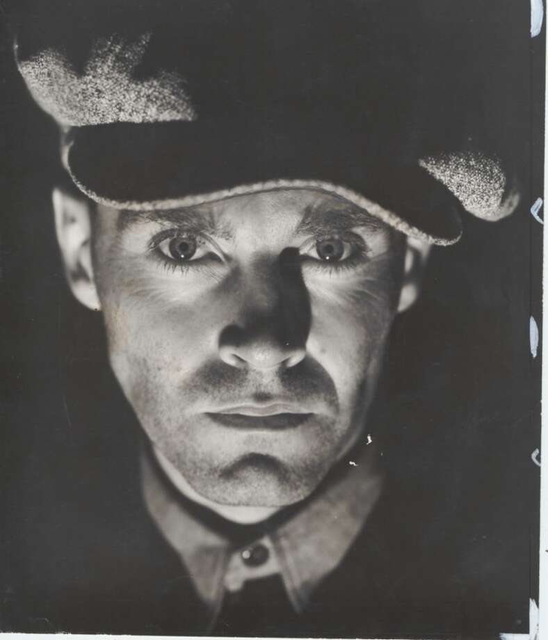Henry Fonda stars as Tom Joad in this film interpretation of John Steinbeck's classic novel about the Great Depression.