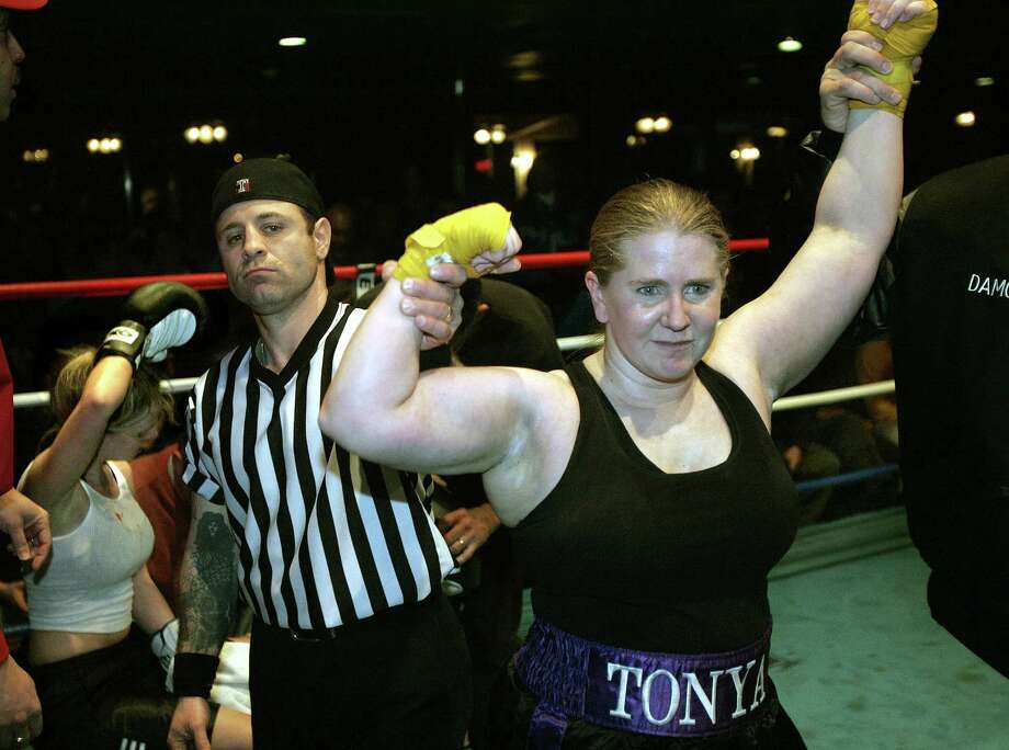 She had better luck on Jan. 20, 2005, when she beat Brittany Drake with a technical knockout in Essington, Pa. Photo: Boston Globe, Getty Images / 2011 - The Boston Globe