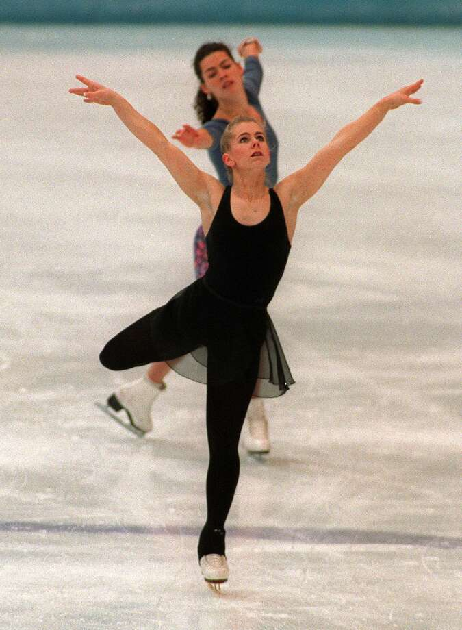 Still, it was hard not to catch the two together, as in this practice session on Feb. 22, 1994. Photo: ERIC FEFERBERG, Getty Images / AFP