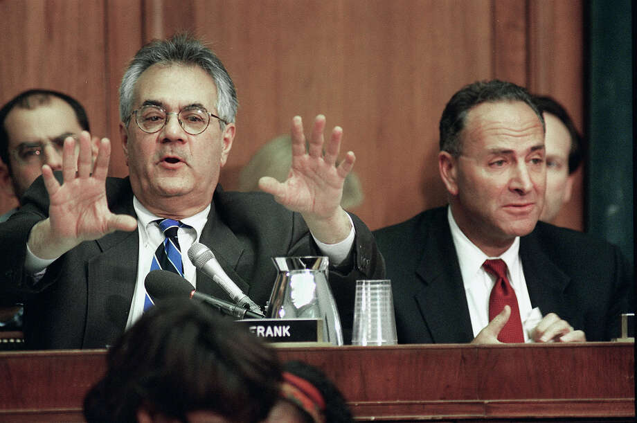 Barney Frank, D-Mass., questions Kenneth W. Starr during House Judiciary Committee hearing regarding articles of impeachment against President Bill Clinton. Photo: Scott J. Ferrell, Congressional Quarterly/Getty Im / CQ-Roll Call Group