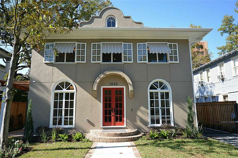 1845 Harvard: This 1914 Houston Heights home has 3 bedrooms, 3.5 bathrooms, and 4,083 square feet. Listed for $1,245,000.