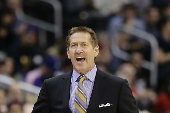 Phoenix Suns head coach Jeff Hornacek directs his team during the first half of an NBA basketball game against the Los Angeles Clippers on Monday, Dec. 30, 2013, in Los Angeles. (AP Photo/Jae C. Hong)