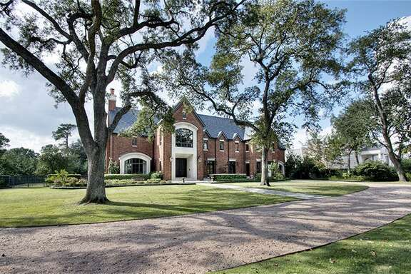 This River Oaks mansion purchased by lawyer Tony Buzbee set a sales price record, says the Houston Association of Realtors.