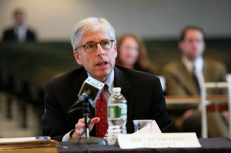Metro-North Railroad President Howard Permut answers questions during a hearing on the September Metro North power outage at Bridgeport City Hall on Monday, Oct. 28, 2013. Photo: BK Angeletti, B.K. Angeletti / Connecticut Post freelance B.K. Angeletti