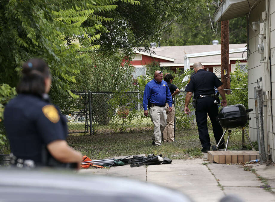 Last September, SAPD detectives probed the scene in the 300 block of East Palfrey on the Southeast Side, where Gabriel was shot twice in the early morning hours. Photo: San Antonio Express-News File Photo / ©2013 San Antonio Express-News