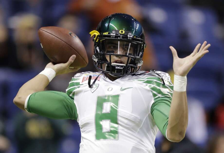 9. Oregon (11-2) Previous ranking: 10 Photo: Eric Gay, Associated Press