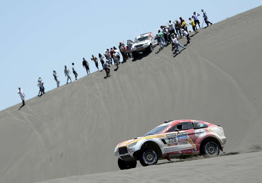 Netherlands Erik Wevers competes during the 2014 Dakar Rally Stage 2 between San Luis and San Rafael, Argentina, on January 6, 2014. Photo: FRANCK FIFE, AFP/Getty Images / 2014 AFP