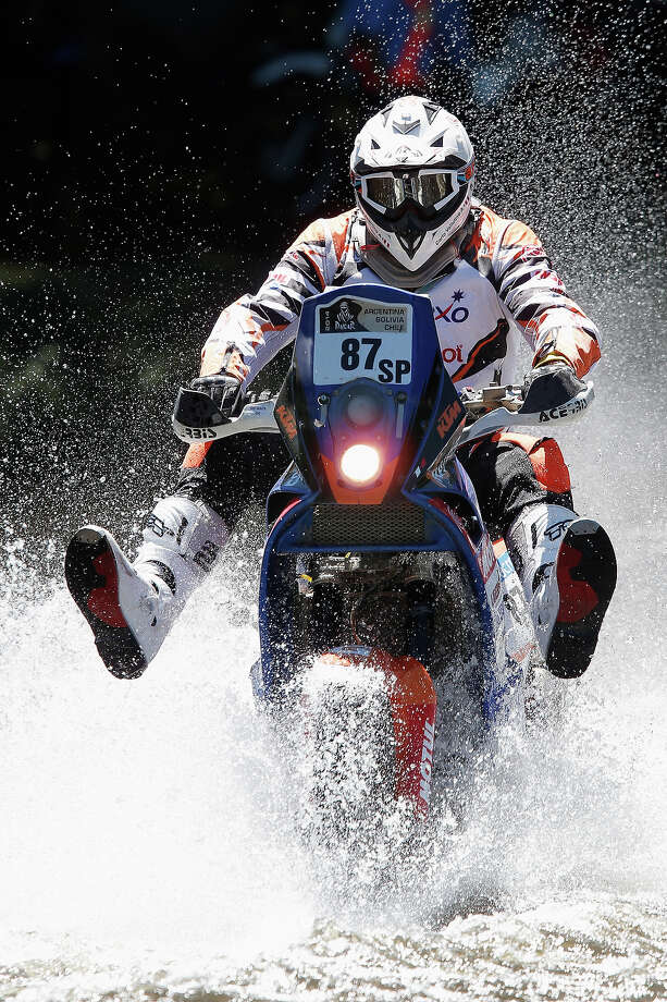 Carlo Vellutino of Peru for KTM Peruanos Al Dakar competes on Day 1 of the Dakar Rally 2014 on January 5, 2014 in Santa Rosa de Calamuchita, Argentina. Photo: Dean Mouhtaropoulos, Getty Images / 2014 Getty Images
