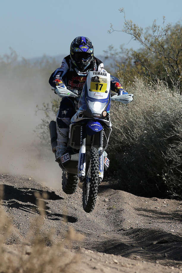 Michael Metge of France for Yamaha Factory Racing competes on Day 2 of the Dakar Rally 2014 on January 6, 2014 near the Dunes of Nihuil, Argentina. Photo: Dean Mouhtaropoulos, Getty Images / 2014 Getty Images